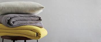 Jete de lit electre acier - nid d'abeille - blanc des vosges