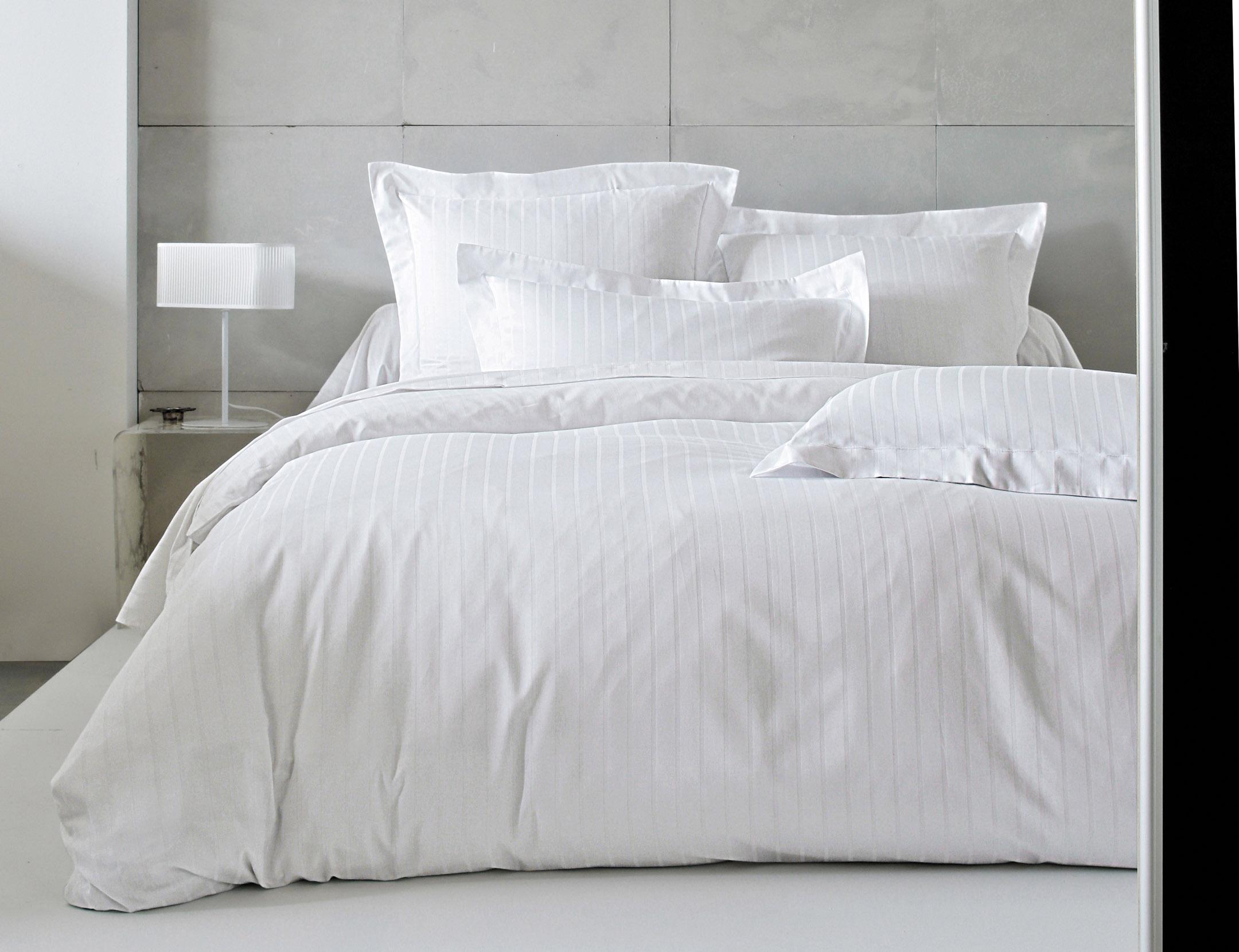 Divine blanc collection la boutique blanc des vosges - Housse de couette satin de coton raye ...
